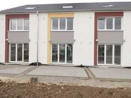 IN-Hagau, RMH mit Terrasse und Garten, Erstbezug,.