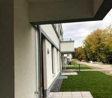 Erstbezug: attraktive 2-Zimmer-Wohnung mit Balkon in Hermsdorf, Berlin