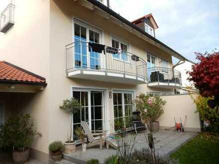 Schönes, geräumiges Haus mit fünf Zimmern in Erding (Kreis), Erding
