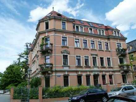 Schöne 5-Zimmer Wohnung in Striesen-Ost