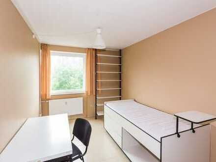 Für Studenten! Möbliertes Wohnheim-Zimmer im Papageienhaus