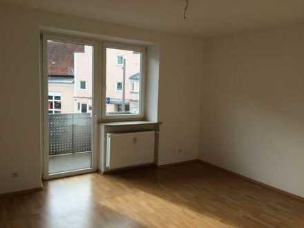 GIS IMMOBILIEN - große Wohnung, Büro-oder Praxisnutzung möglich!