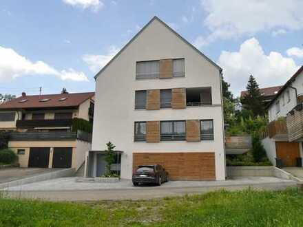 großzügig geschnittene 4-Zimmerwohnung über 2 Etagen mit Blick über Strümpfelbach
