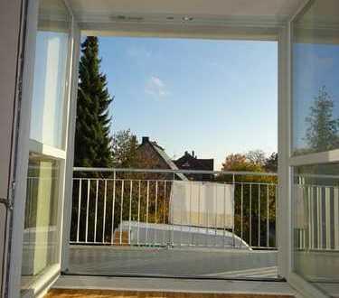 131 m² Weißer Hirsch // Parkett, Balkon & Gäste-WC