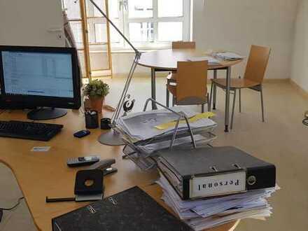 Kanzlei oder Praxis/Büro im Herzen von Nieder Olm zu vermieten!