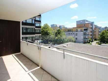 bezugsfreie Innenhoflage 2-Zimmerwohnung mit großem Südbalkon und Duplex TG in Laim