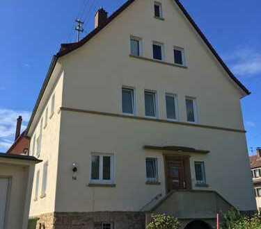 Schöne geraümige 2,5 Zimmer Wohnung in kernsanierter Altbau-Villa in VS-Schwenningen
