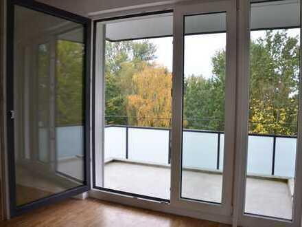 Renovierte 3-Zimmer-Wohnung mit Ausblick in die Natur (Erstbezug)