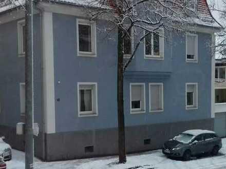 Schöne 4-Zimmer-Altbauwohnung mit Balkon und EBK in Göppingen Norden