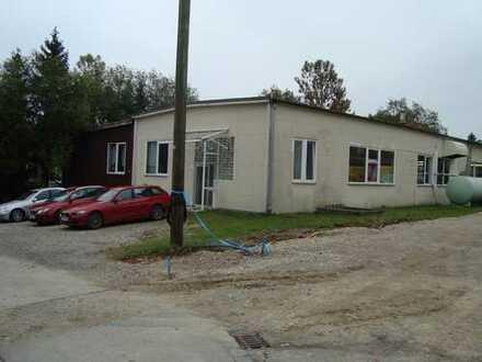 Produktionshalle mit Lager- und Büroräumen