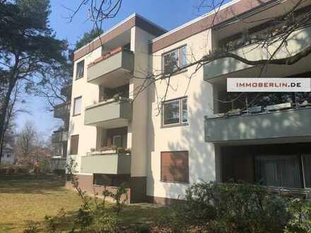 IMMOBERLIN: Sehr behagliche Wohnung mit Südloggia nahe Schlachtensee