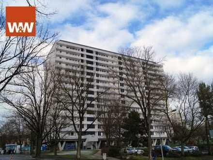 Familienfreundliche 4 Zimmer-Wohnung mit herrlicher Aussicht und prima Verkehrsanbindung!