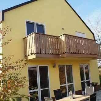 Moderne Doppelhaushälfte in München-Feldmoching zu vermieten!