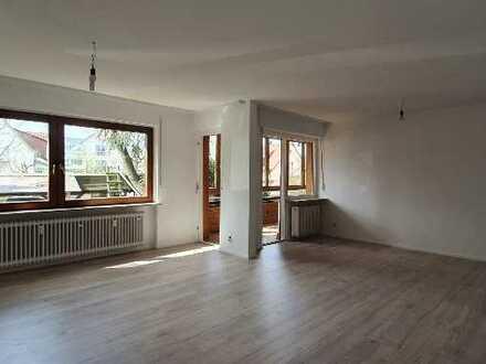Exklusive, vollständig renovierte 3-Zimmer-Wohnung mit 2 Balkonen in Leinfelden