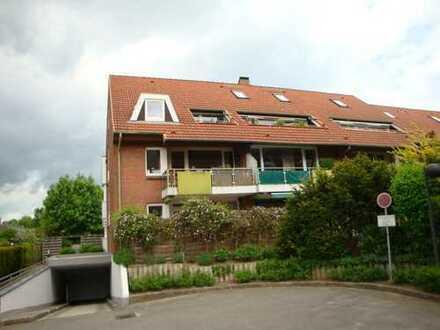 Gepflegte 3-Zi.-Wohnung mit großer Terrasse und Tiefgaragenstellplatz in Lübeck-St. Gertrud