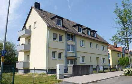 TOP gepflegte 1 Zimmerwohnung mit EBK, Tageslichtwannenbad und Balkon in 60435 Berkersheim zu mieten