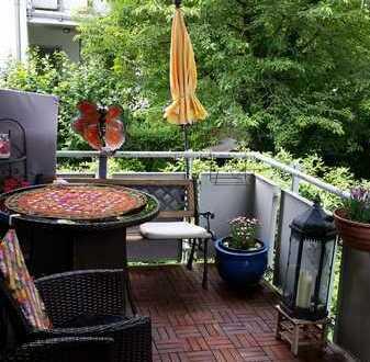 Ruhige, geräumige und gepflegte 2-Zimmer-Wohnung mit Balkon und EBK in Lochhausen, München