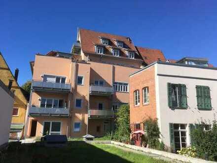 *Esslingen-Altstadt* 3 Zi.-Wohnung mit EBK und Balkon