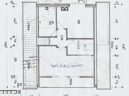 Vollständig renov. Dachgeschosswohn. mit zwei Zimmern Küche und Bad.n Ennepetal