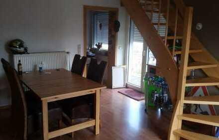 Gepflegte 2,5-Zimmer-Maisonette-Wohnung mit großer Dachterrasse in Schwerte Holzen