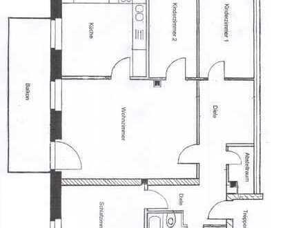 große 4-Raum-Wohnung mit Balkon