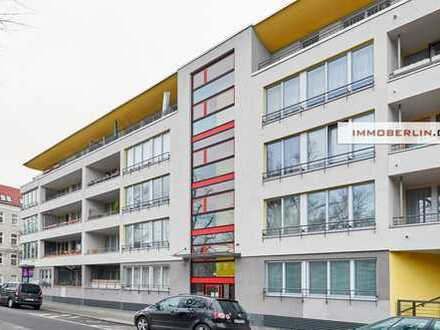 IMMOBERLIN: Ideal ausgerichtete vermietete Wohnung mit Westterrasse