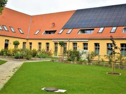 PARKRESIDENZ EGGESIN Erstbezug nach Sanierung ETW mit Terrasse im Park Ostsee-Lagune Stettiner Haff