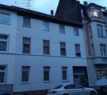 Renovierte 3 Zimmerwohnung in Wiesbaden Biebrich