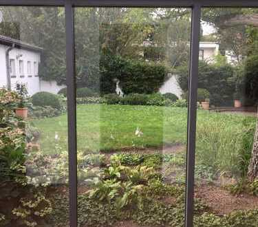 Grafenberg: individuelles EINZELHAUS mit großem Wintergarten