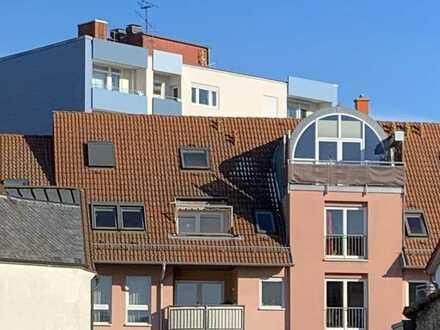Schöne Maisonette-Wohnung mit Loggia über den Dächern von LU-Friesenheim
