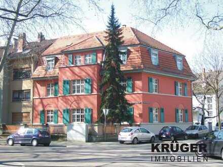 MA-Lindenhof / 2-Zi-Sout.-Altbau-Whg mit Terrasse in sanierter & denkmalgeschützter Altbauvilla