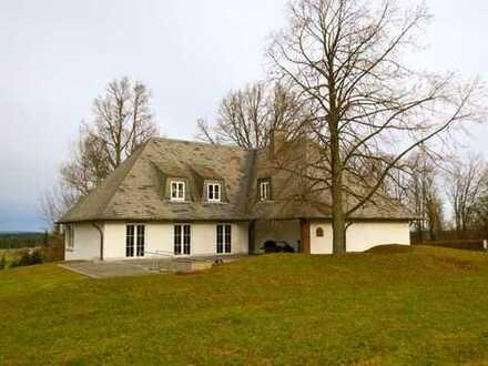 Traumvilla mit Blick über den Schwarzwald