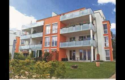 Provisionsfrei Kaufen! Stilvolle, neuwertige 4,5-Zimmer-Wohnung mit Balkon und EBK in Ludwigsburg