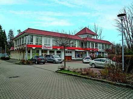 Büro- und Geschäftsgebäude vor den Toren Chemnitz