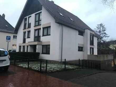 Stilvolle, vollständig renovierte 4-Zimmer-Erdgeschosswohnung mit Balkon in Lüdenscheid