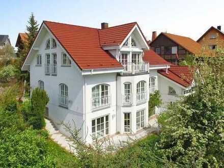 Mehrgenerationenhaus bzw. Wohnen und Arbeiten unter einem Dach