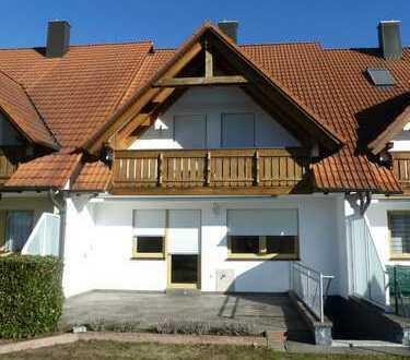 Schönes, ruhig gelgenes Haus im Süden Königsbrunn mit fünf Zimmern und schönem Garten