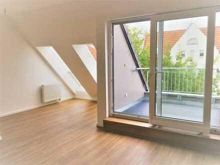 Erstbezug 2,5-Zimmer-DG-Wohnung mit EBK und 2 Balkonen