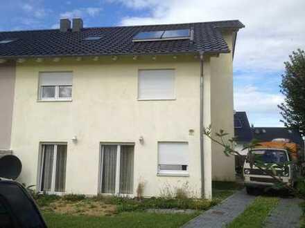 Braunschweig Lamme: Doppelhaushälfte in bester Lage Bj. 2011