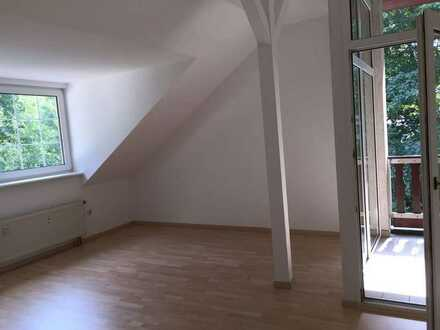 Helle 1-Zimmer-Wohnung in Prieros