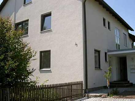 Helle gepflegte DHH in Biberbach