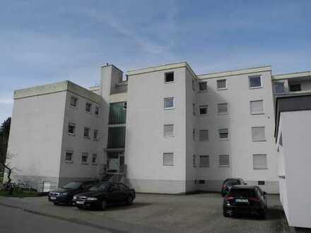 Renovierungsbedürftge 3-Zimmer-Wohnung mit Balkon in Amstetten günstig zu verkaufen - Frei !