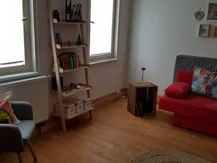 ZWICHENMIETE- Vollmobilierte Wohnung mit Einbauküche in Stuttgart