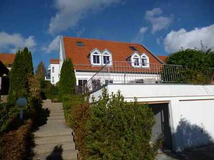 Schöne Doppelhaushälfte in ruhiger Lage in Gönningen