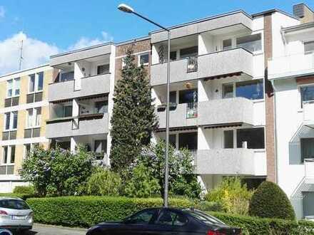 Sanierte helle und ruhige zwei Zimmer Wohnung in Köln Lindenthal, mit Küche u Einbauschrank
