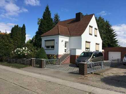 Schönes Haus mit fünf Zimmern in Salzlandkreis, Hecklingen