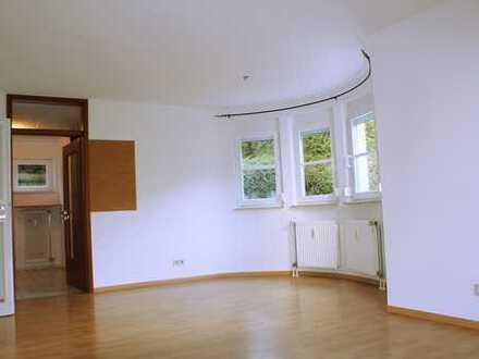 2-Zimmerwohnung mit Terrasse für Singles, Paare oder Kapitalanleger!