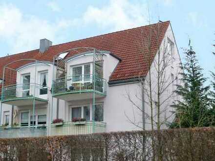 PROVISIONSFREI - Exklusive 4-Zimmer-Dachgeschosswohnung mit Balkon und Einbauküche