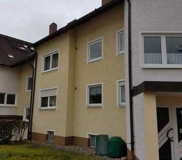 Moderne, geräumige 3-Zimmer Wohnung in Topzustand mit gr. Balkon + Garage, Mainleus (Kreis Kulmbach)