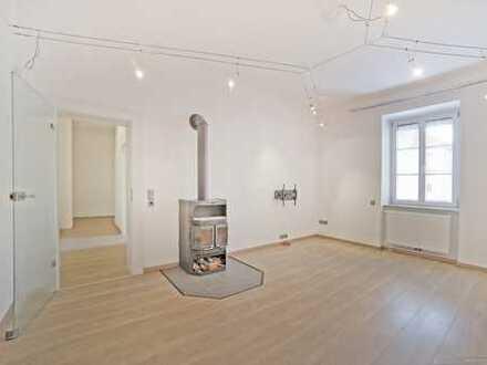 Schwanthalerhöhe - ruhige 3-Zimmer-Altbauwohnung mit Balkon, Kaminofen und Wohnküche, WG geeignet!